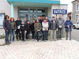Les bénévoles prêts pour le lancement de l'opération.