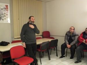 Après le mot d'accueil du Maire, Rémy André explique dans quelles conditions les maisons fleuries ont été sélectionnées cette année.