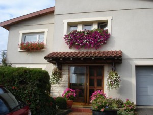 La façade d'une des maisons fleuries récompensées.
